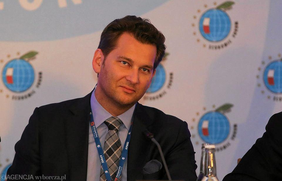 Prezes zarządu AWR Wprost Michał Lisiecki podczas 25. Forum Ekonomicznego w Krynicy, 9 września 2015