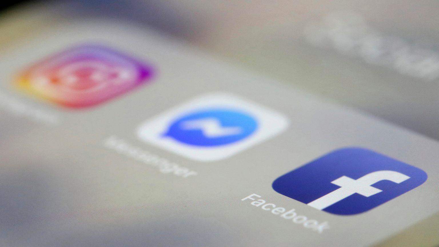 Télefónos que ya no permitirán usar algunas redes sociales