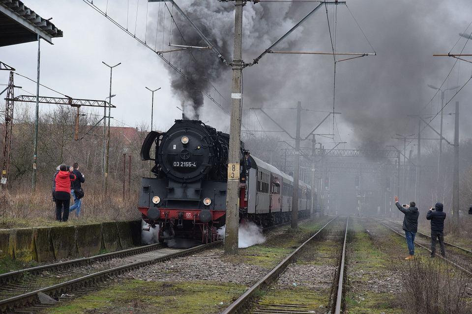 Parowóz serii 03 na trasie Szczecin-Police