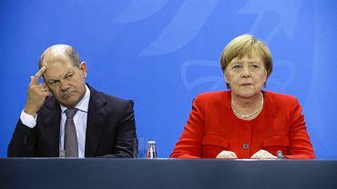 Olaf Scholz i Angela Merkel.