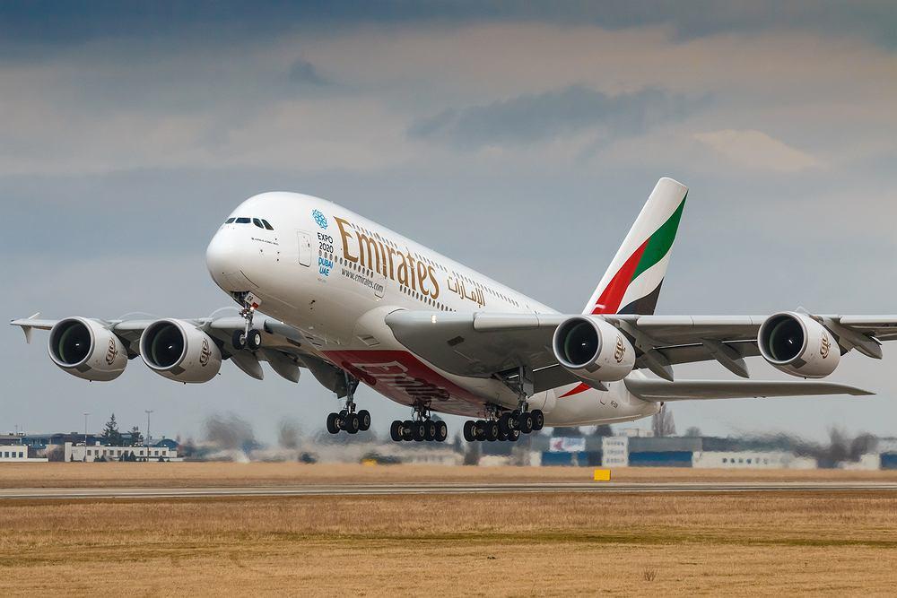 Linie lotnicze Emirates szukają pracowników w Polsce