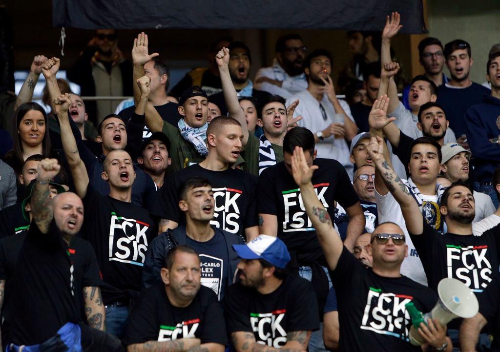 Kibice Lazio podczas meczu: OGC Nicea - Lazio