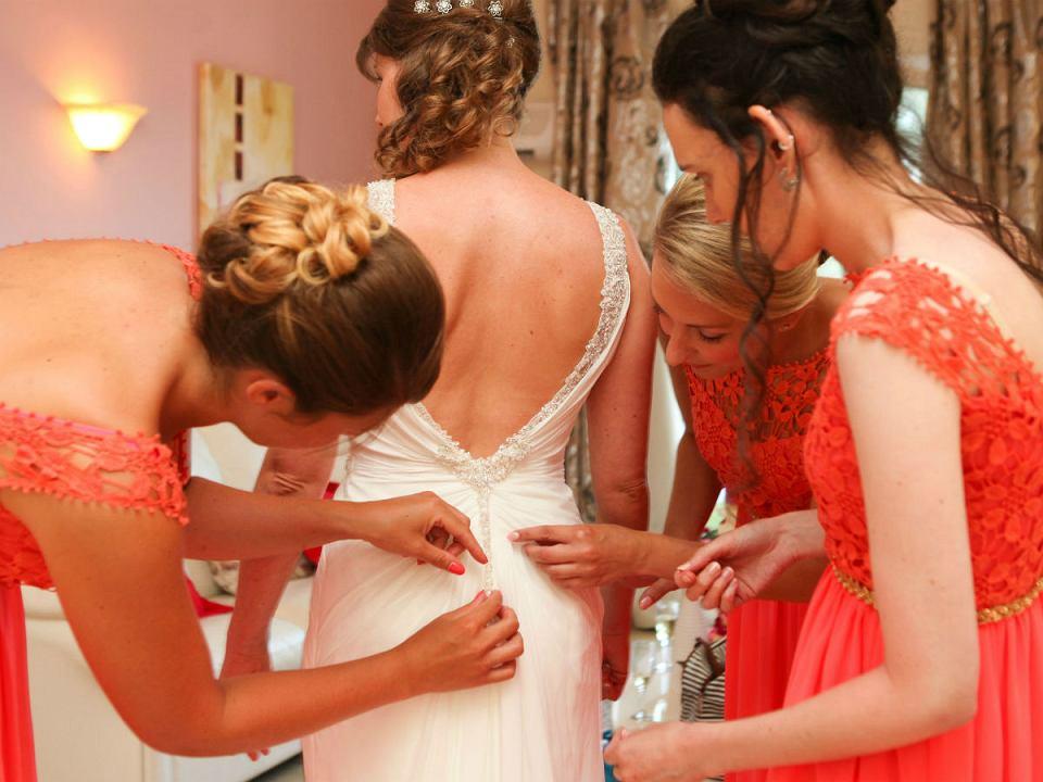 sukienki na wesele dla mamy