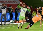 Wolfsburg blisko pozostania w Bundeslidze! Wilki wygrywają z Holstein Kiel. 14 minut Błaszczykowskiego
