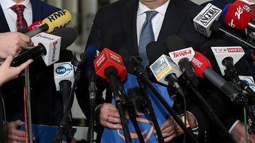 Podatek od reklam. PiS pod pozorem 'opodatkowania cyfrowych gigantów' bije w niezależne media
