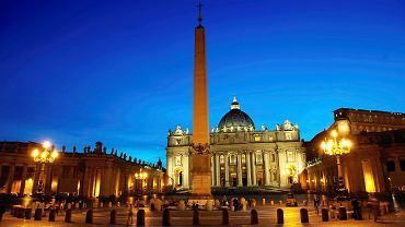 Bazylika i plac św. Piotra w Rzymie.