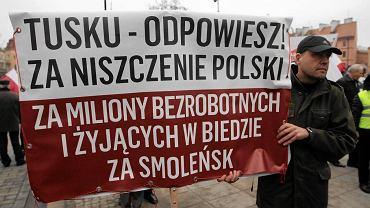 """""""Lud smoleński"""" podczas trzeciej rocznicy katastrofy, Warszawa"""