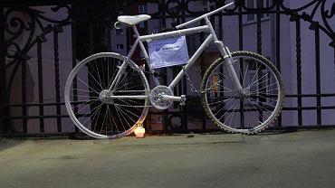 Na moście Poniatowskiego zginęła 17-letnia rowerzystka