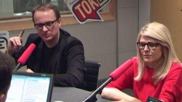Bartłomiej Radziejewski i Renata Grochal w studiu radia TOK FM