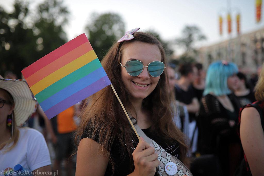 Częstochowa, plac Biegańskiego, 28 lipca 2019 r. Demonstracja solidarności z uczestnikami Marszu Równości w Białymstoku