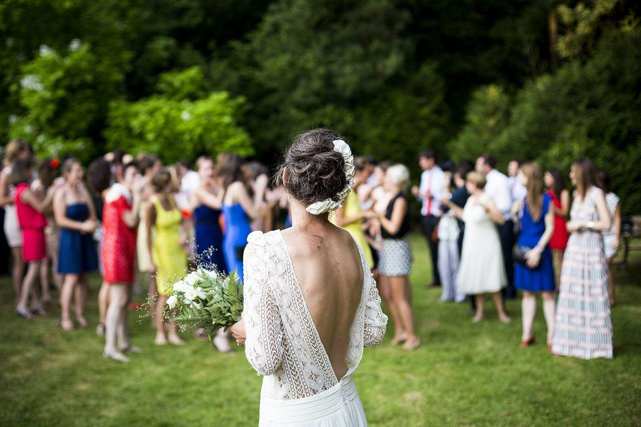 5800a884 Sukienki na wesele: supermodne propozycje dla świadkowej, mam ...