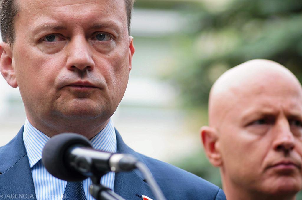 Mariusz Błaszczak i komendant główny policji Jarosław Szymczyk