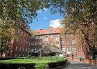 Szpital kliniczny w Poznaniu wstrzymuje zabiegi i zamyka izby przyjęć. Zakażonych dwóch lekarzy
