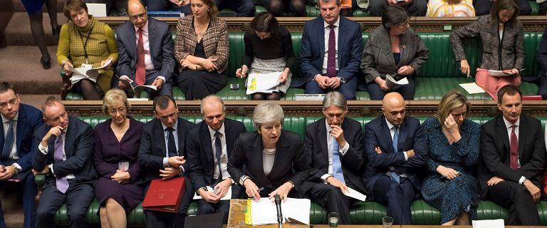 Ważą się losy UK. 11 grudnia ważne głosowanie