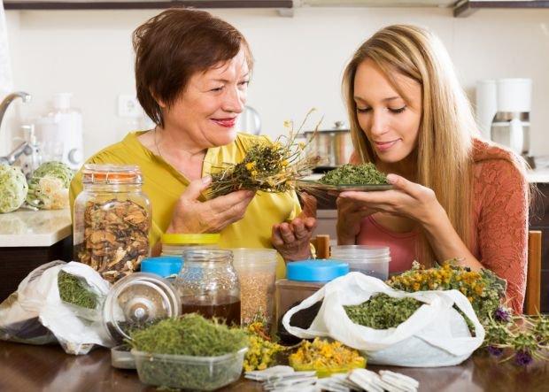 Ziołowe herbatki sprawdzają się cały rok