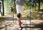 Opaska na kolano - czy i kiedy warto ją stosować?