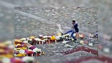 Wrocław. Zniszczyła symbol strajku kobiet ułożony z kwiatów i zniczy