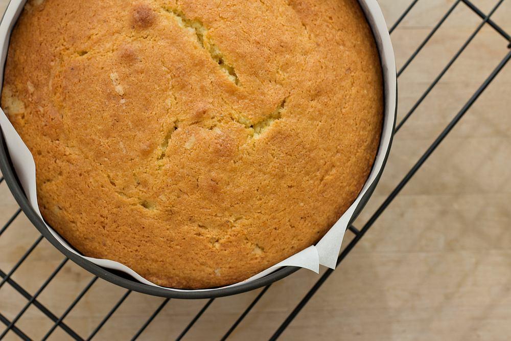 Biszkopt to proste ciasto, które ma wiele zastosowań.