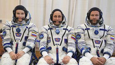Aktorka Julia Peresild (po lewej), astronauta Anton Shkaplerov (środek) oraz reżyser Klim Shipenko (z prawej)