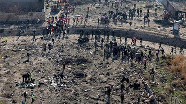 Miejsce katastrofy Boeinga 737 linii Ukrainian International Airlines, który rozbił się w Iranie