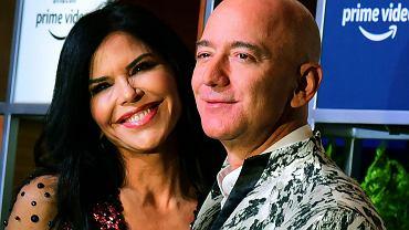 Jeff Bezos po raz pierwszy zabrał na ściankę nową partnerkę. To dla niej miliarder zostawił żonę