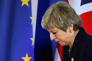 Theresa May ma bunt na pokładzie. Prasa: 11 ministrów chce jej odejścia. Trwa operacja dymisja
