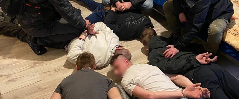 Śląskie. Pijani współpracownicy zamordowali 42-latka. Osiem osób zatrzymanych
