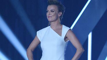 """Katarzyna Sokołowska pozuje w bikini niczym modelka z """"Top Model"""". Fani: Występujesz w programie po niewłaściwej stronie stołu"""