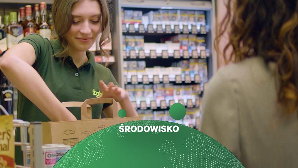 Żabka rezygnuje z plastikowych toreb w sklepach