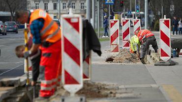 Poprawki na odcinku między rondem Grunwaldzkim a Multikinem przy ul. Focha w Bydgoszczy