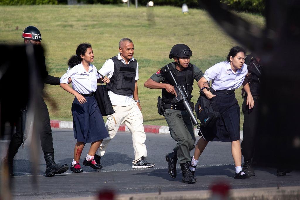 Tajlandia. W atakach żołnierza zginęło 26 osób.
