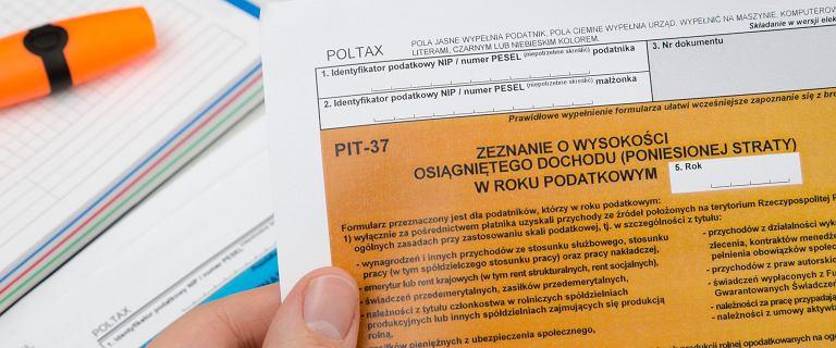 Milion Polaków złożyło zeznania przez e-PIT. Pierwsi dostali już pieniądze