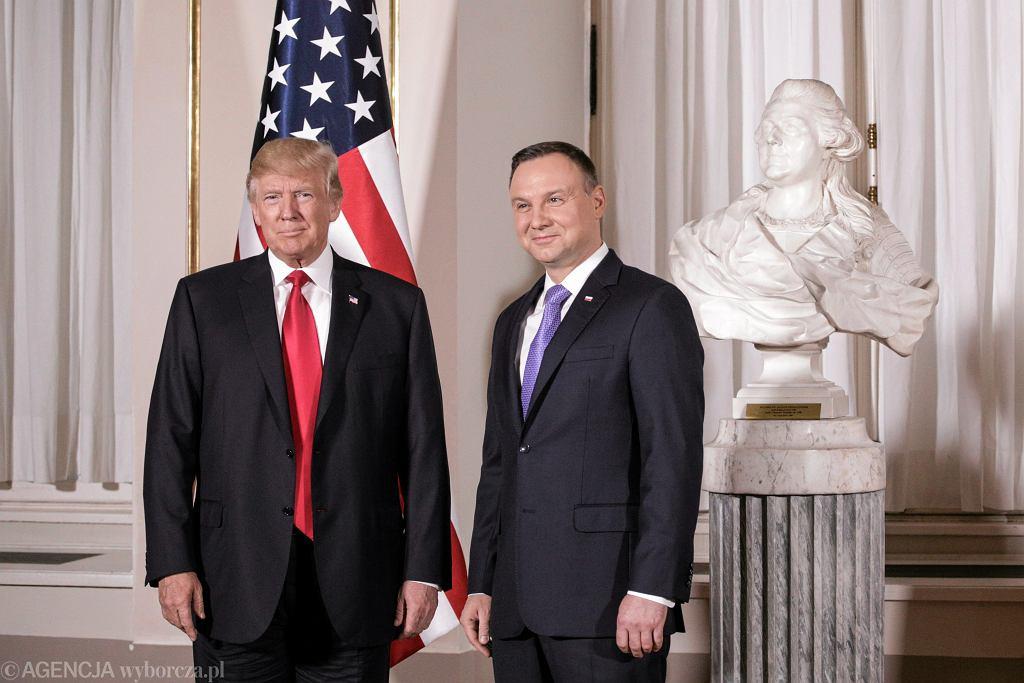 Donald Trump i Andrzej Duda podczas spotkania w Warszawie.