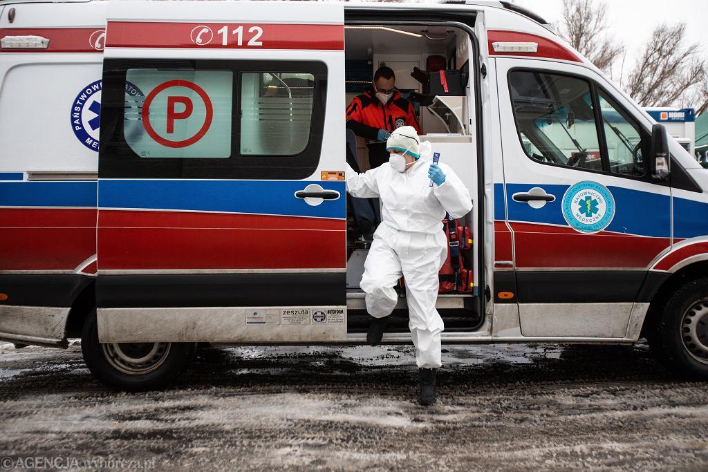 W warszawskich karetkach zmniejszy się załoga ratowników medycznych