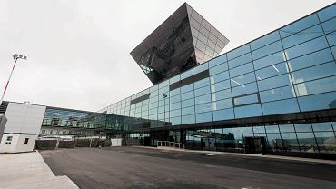 """Kraków Airport z """"rekordem"""". W kwietniu obsłużono niewiele ponad 50 pasażerów"""