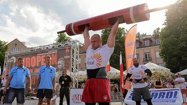 Białystok. Mistrzostwa Europy strongman w kategorii do 105 kilogramów