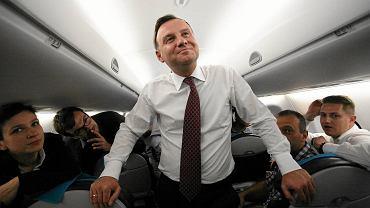 Prezydent RP Andrzej Duda podczas lotu do Tallina
