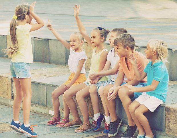 Zgadywanki - dla chłopca, dziewczynki, dla małych i dużych. Jak zadawać zagadki dla dzieci?