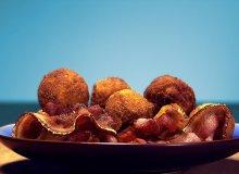 Panierowane kulki ziemniaczane z ziołami - ugotuj