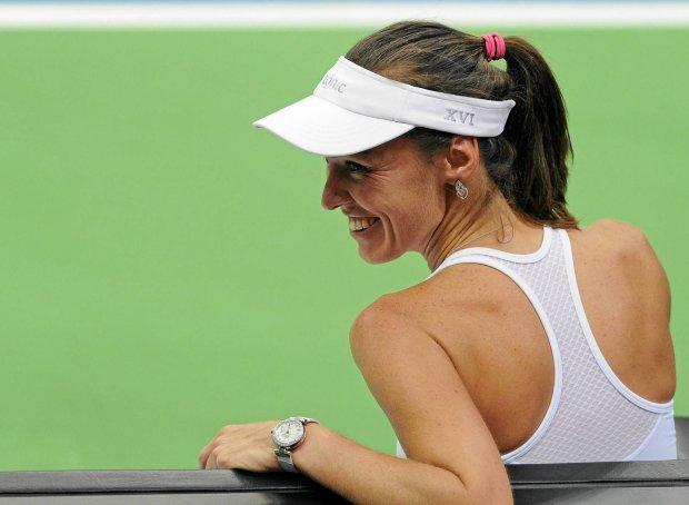 Martina Hingis przegrała z Urszulą Radwańską w Pucharze Federacji. Martina Hingis