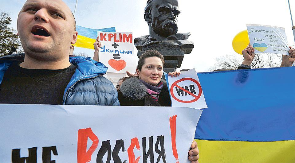 Ukraińską demonstrację pod pomnikiem Szewczenki rozpędziła wczoraj pałkami sewastopolska samoobrona