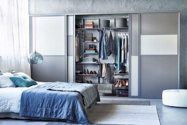 Pojemne i funkcjonalne szafy przesuwne z lustrami [ceny]