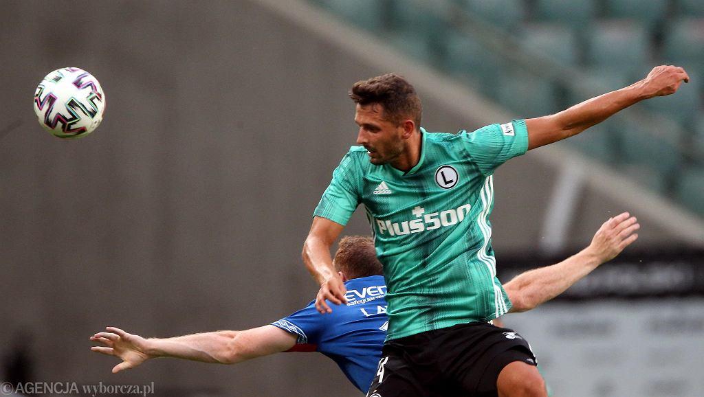 Mateusz Wieteska podczas meczu eliminacji Lligi Mistrzow UEFA Legia Warszawa - Linfield FC