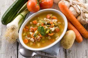 Historia zupy. Dlaczego tak bardzo nam smakuje?