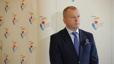22 września 2020 r. Wiceprezydent Warszawy Robert Soszyński podczas briefingu prasowego nt. tymczasowego przesyłu ścieków do oczyszczalni Czajka.