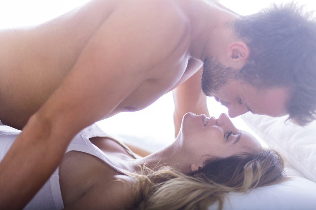 Wpływ na ewolucję penisa mogło mieć powstanie... związków monogamicznych (fot. KatarzynaBialasiewicz / iStockphoto.pl)