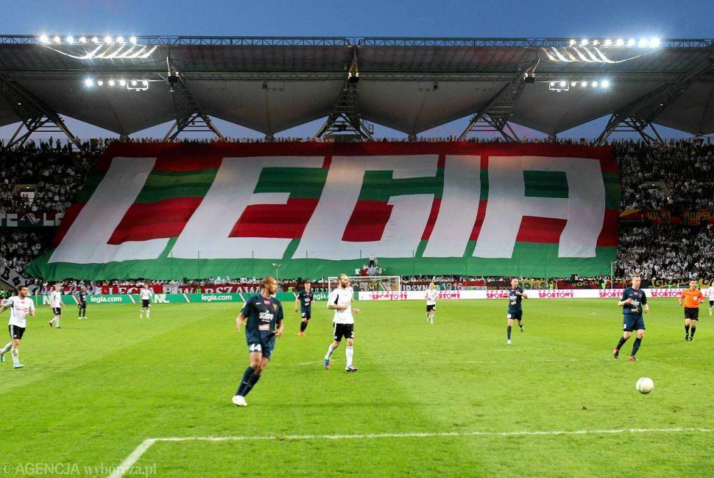 Stadion Legii i sektorówka na