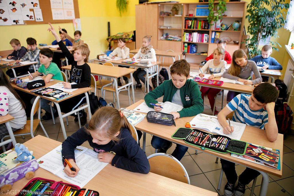 Lekcja matematyki w szkole podstawowej