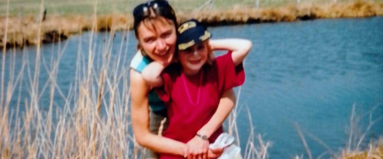 Roxana z mamą. Lata 90. (fot. archiwum prywatne)