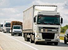 Koniec z wyprzedzaniem się ciężarówek. Na autostradzie A2 pojawią się kamery